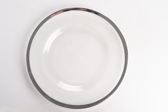 GLASS SILVER RIM UNDERPLATE